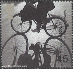 Ciclista en el exterior de Varsovia.